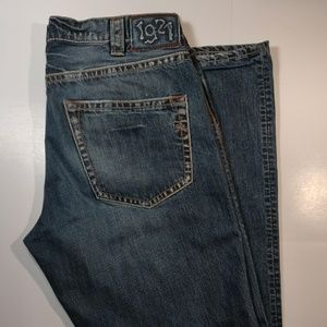 1921 Jeans button fly straight leg 32/33